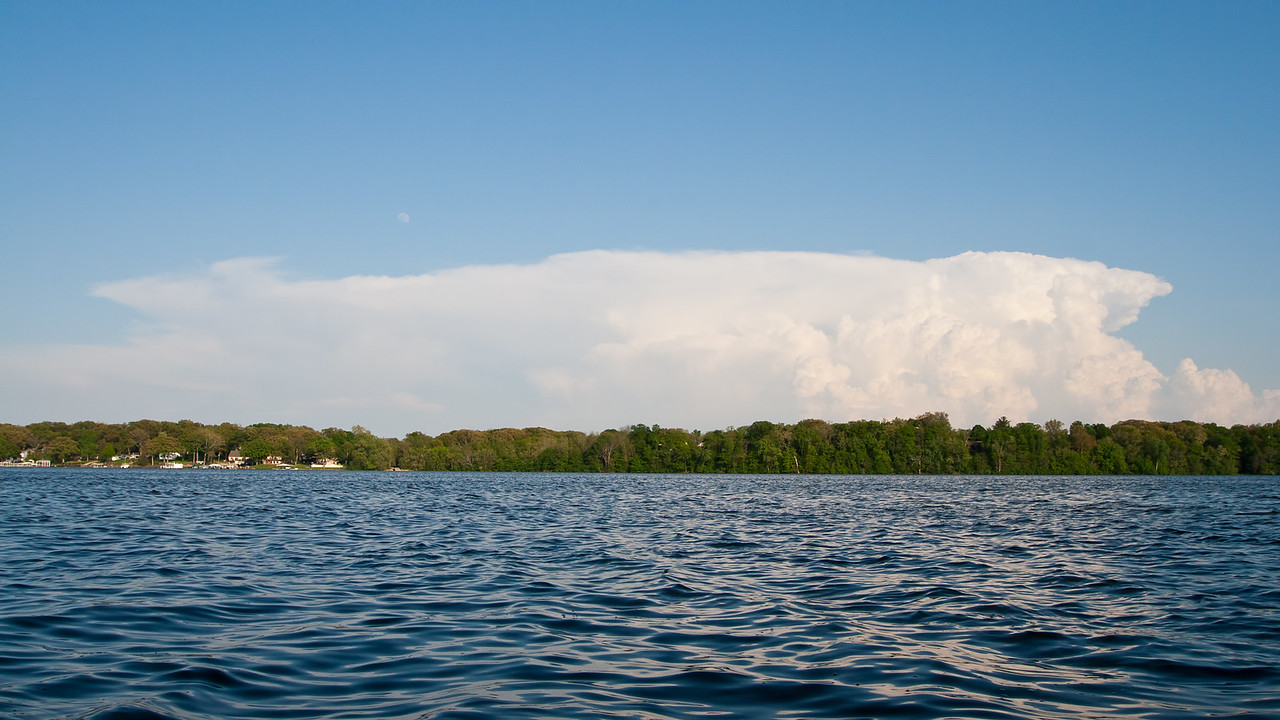 Later that day, Lake Decatur (looking at severe warned in Shelby County IL).
