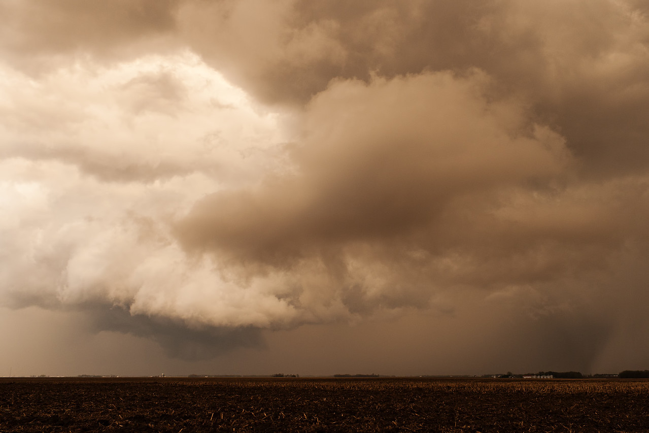 April 9, 2015 - Christian County, IL (same storm, further east, tornado warned)