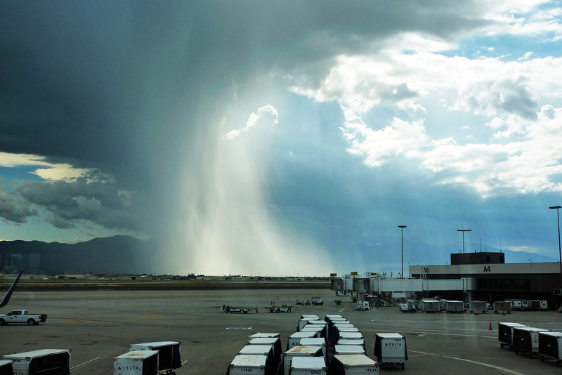 Salt Lake City airport thunderstorm/rainshower 1.