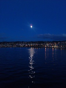 Moon-rise over Edmonds, WA/