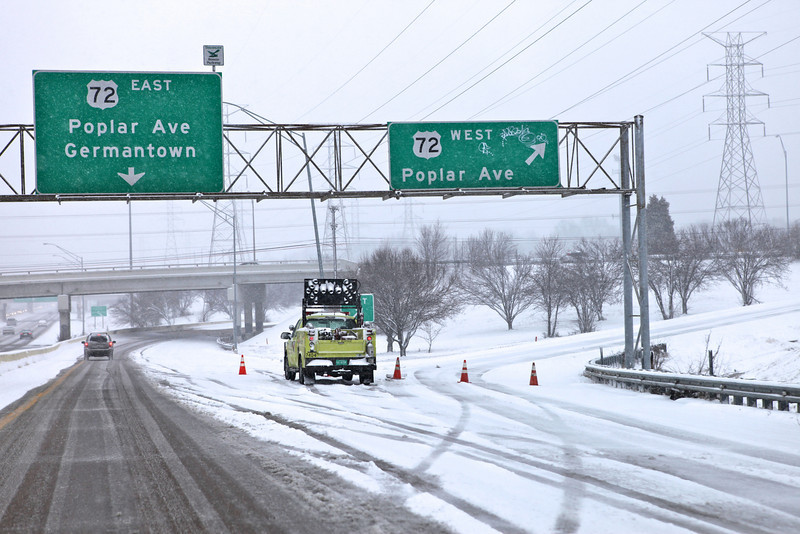 """Exit onto Poplar from I-240, Poplar west was closed.  Picture was taken about 5:00pm on Feb 9th as the snow was falling.  This picture made WMCTV's (channel 5) top story 2/10/11.   Read the full story here: <a href=""""http://www.wmctv.com/Global/story.asp?S=14002184"""">http://www.wmctv.com/Global/story.asp?S=14002184</a>"""