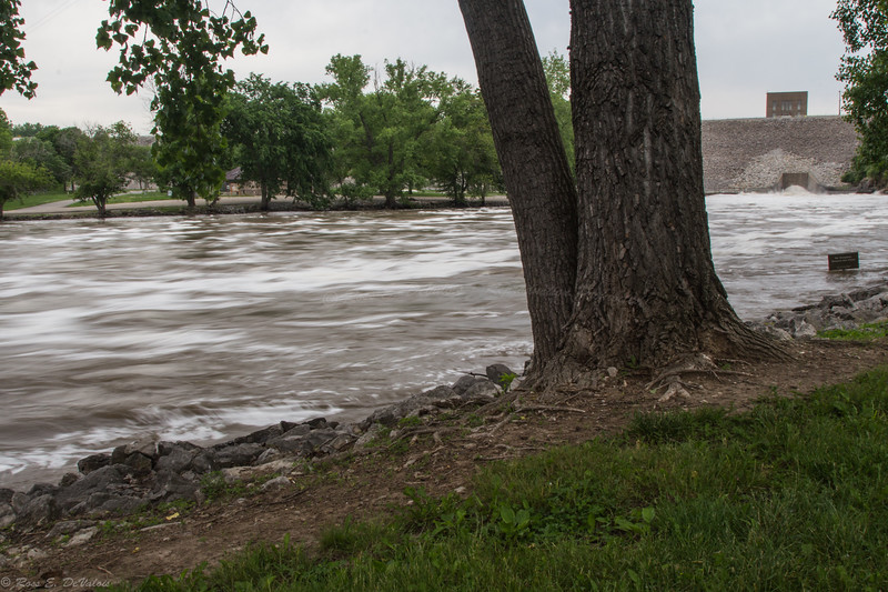 Coralville Dam Outlet @max 18,000CFS  Discharge
