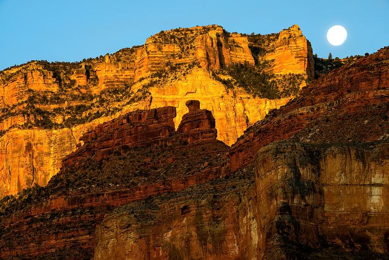 Grand Canyon National Park, Battleship Moon