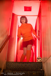 Fairwind Cosplay as Velma from Scooby Doo