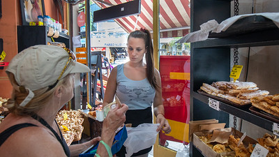 Linda shopping at a bakery in Tigre, Argentina