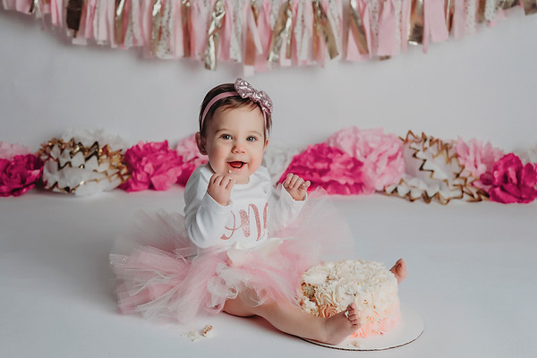 Katie Boserphotography - Cake Smash