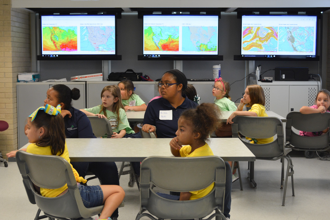 052017_GirlScout-STEMDay-0602