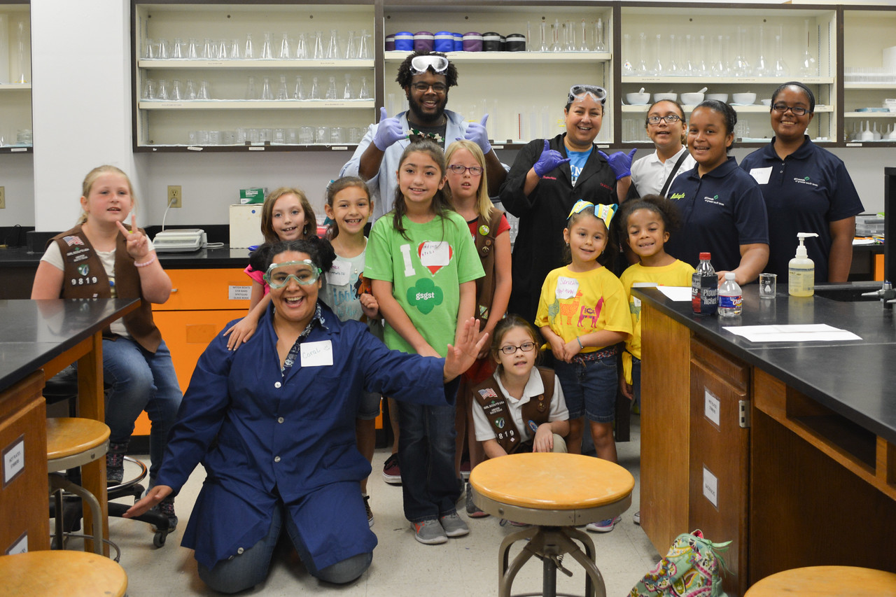 052017_GirlScout-STEMDay-0547