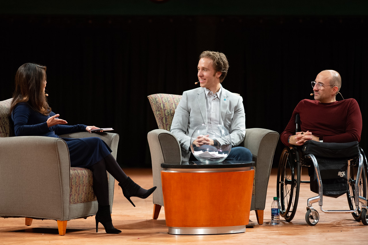 Katia Uriarte (left) moderates the Q&A event during the TAMU-CC Fall 2018 Distinguished Speaker Series event.