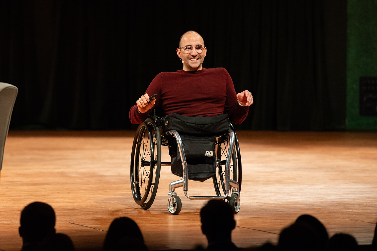 Distinguished Speaker Series featured guest Spencer West, motivational speaker, social activist and world change warrior. Speaks to an audience of students on October 16, 2018 in the TAMU-CC ...