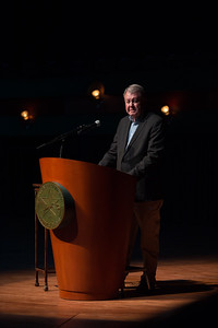 Dr. Larry McKinney welcomes guests as he prepares to introduce Sylvia Earle during the 2017 Distinguished Speaker Series.