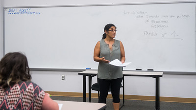 Dr. Isabel Araiza explains about the living expense of a family in Sociology of the Family class