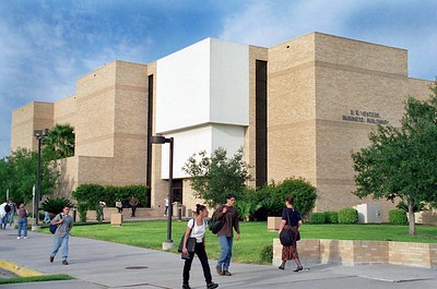 Beginning in fall 2021, Del Mar College will offer a Certificate in Artificial Intelligence (AI) as a pilot program of the AI Institute for Research on Trustworthy AI in Weather, Climate, and Coastal Oceanography headed by the University of Oklahoma and the National Science Foundation. The new program is in partnership with Texas A&M University-Corpus Christi to prepare Geographic Information Systems (GIS) technicians for applying the power of AI to geospatial applications such as coastal wetlands management, hurricane emergency response and other coastal purposes. (ARCHIVE PHOTO)