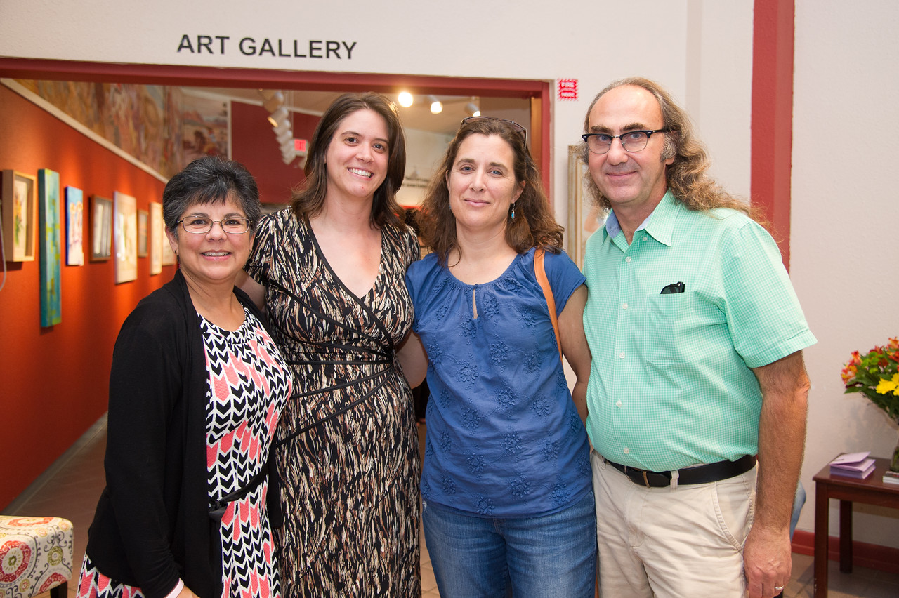 (Left to rigth): PAt Quiroz, Dr.Kelly Bezio,Dr.Susan Murphy and Tom Murphy at the event call :A series of film screening and exhibit tour about Latino American : 500 years of History.