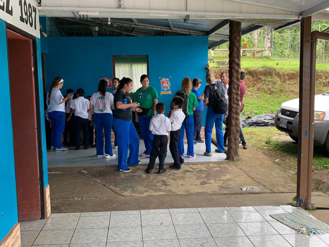 Day Three-6Elementary school (Escuela Emilio Castro Gomez)-5 20 19