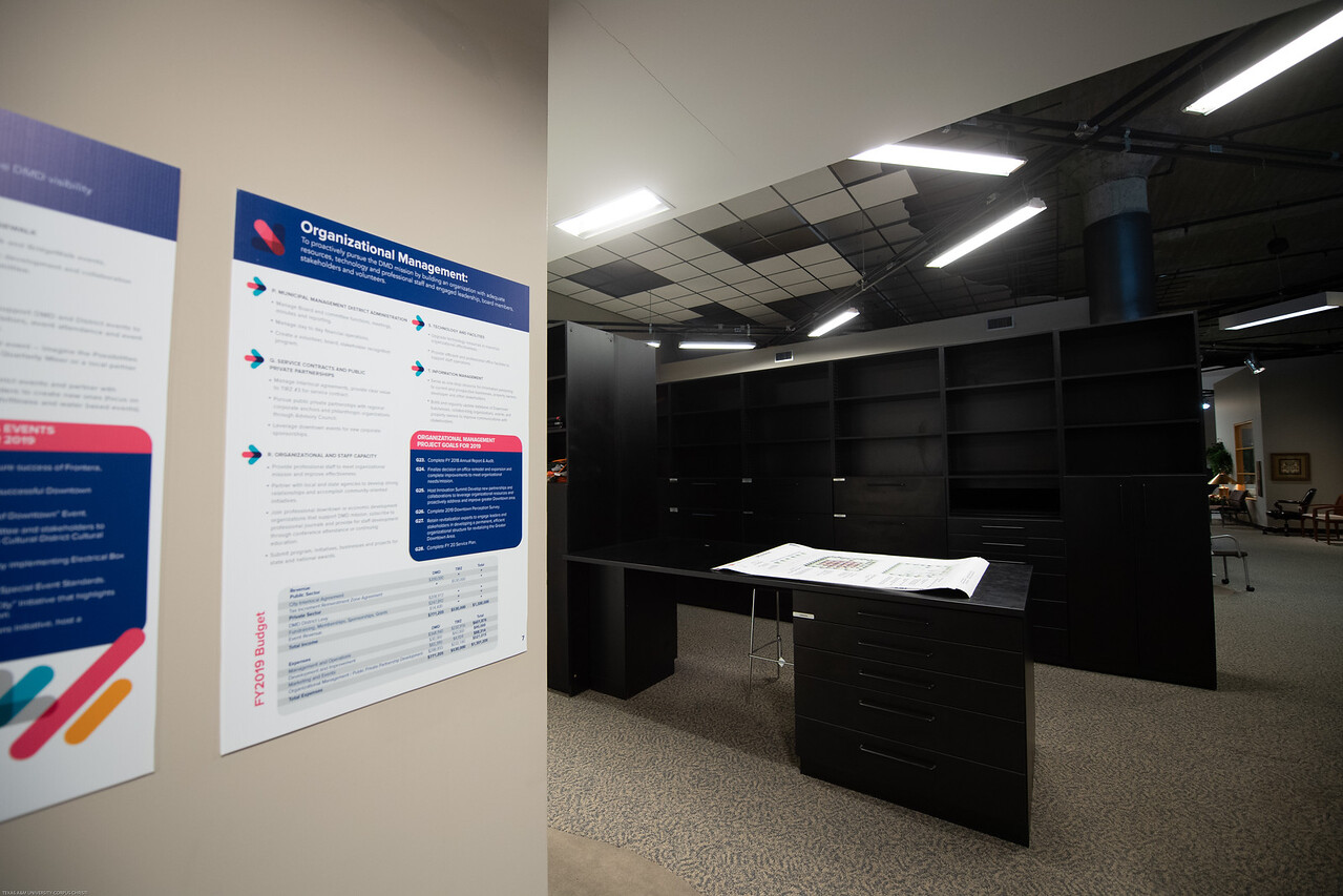 2019_0701-BusinessInteriorsOfTexas-2368