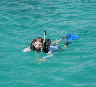 Cindy snorkeling in Aruba