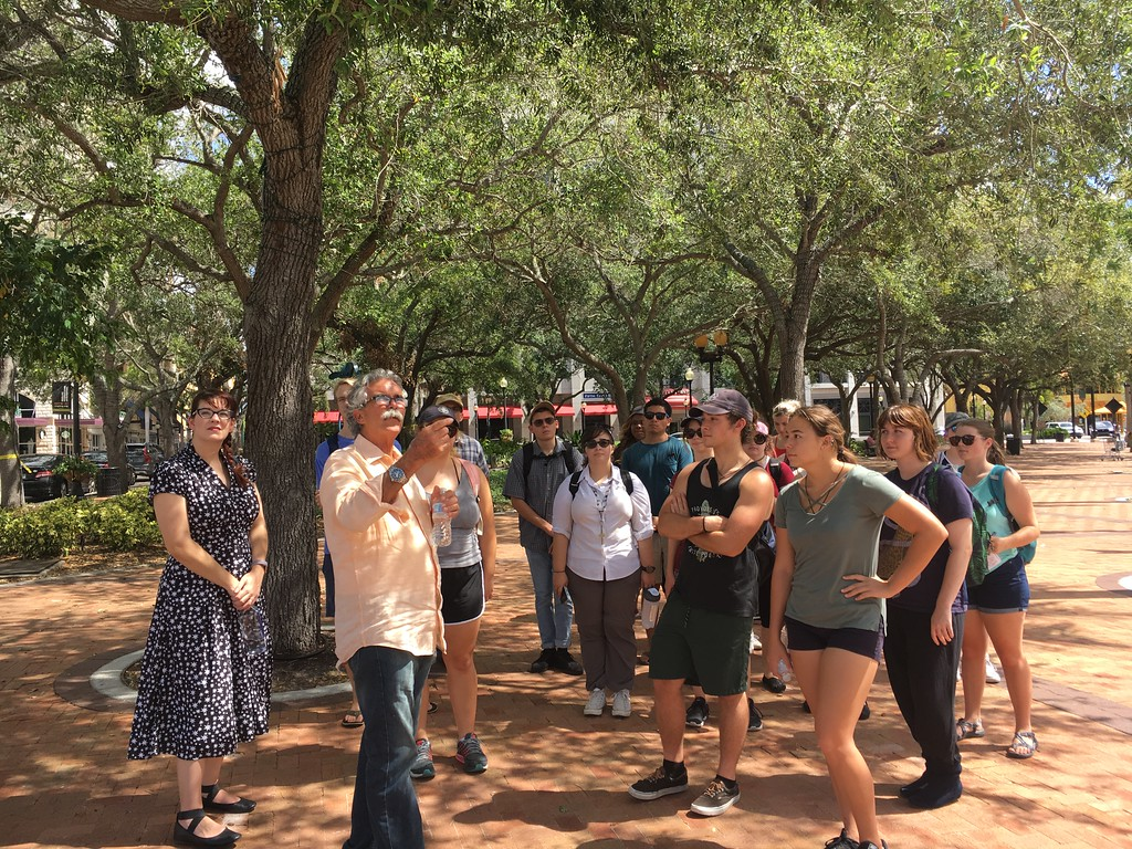 New College students in the Discover SRQ course get a guided tour of Downtown Sarasota.