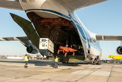 Unloading the back end of the Antonov.