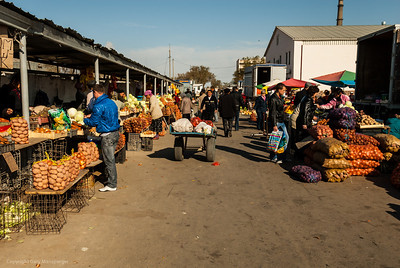 More of the produce market in Baikonur.