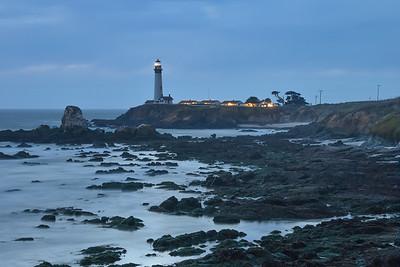 Pidgin Point Lighthouse at dusk