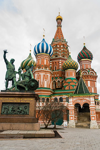 St Basil's Cathedral and statue of Minin and Pozharsky