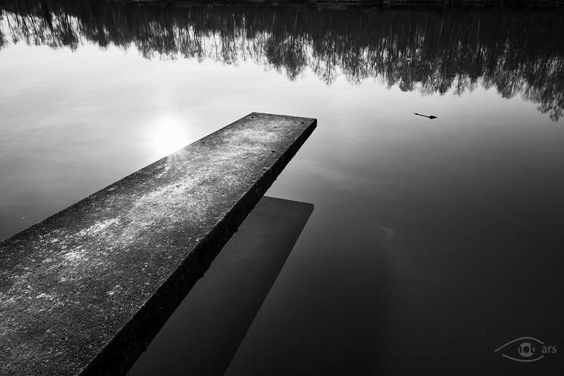 Steg am Fischweiher, Rain am Lech, Schwaben, Bayern, Deutschland