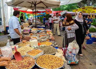 Market in Odemisk