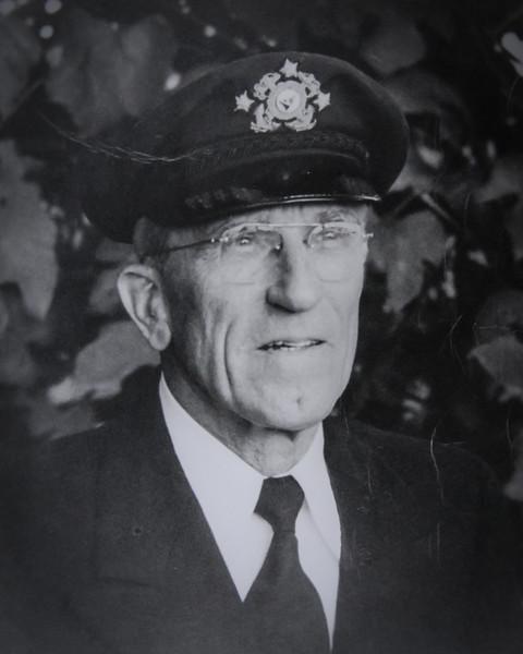 1948 1953 Robert M Henshilwood