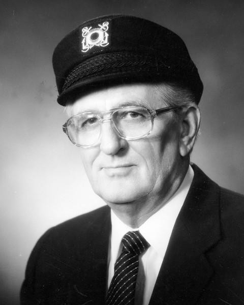 1987 Robert W Strachan
