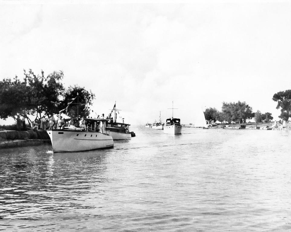 Fleet Approaching Clubhouse in First Fleet Parade