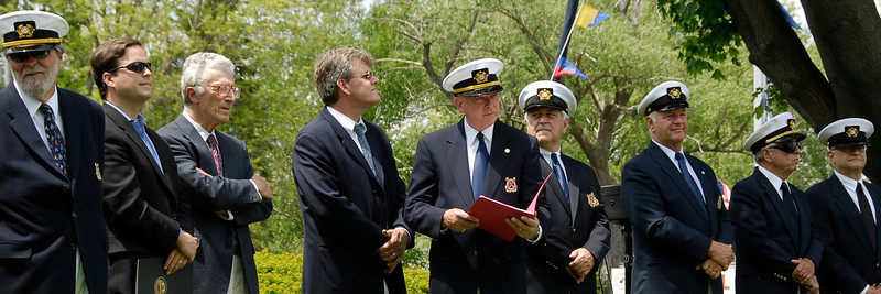 Commodore Kip Schmidt addressing Memorial Day crowd in 2008