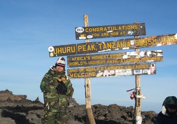 85 Lana and Paddington at Uhuru Peak 5895m