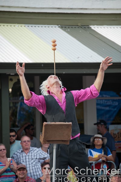 Fremantle Street Arts Festival (yes, balancing 3 eggs)