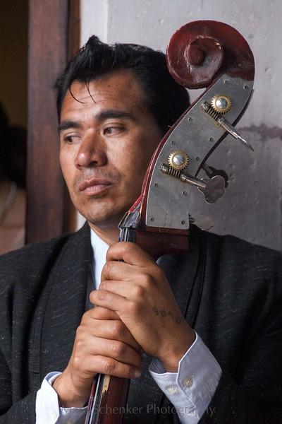 The strings of history. Coatepec, Puebla. 2008