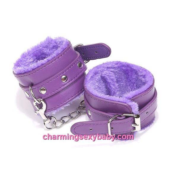 PU-handcuffs-2