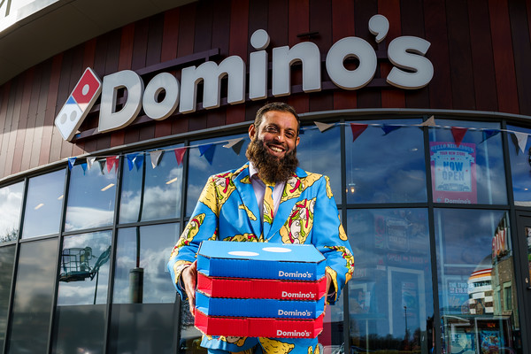 Dominos opens 1100th Store
