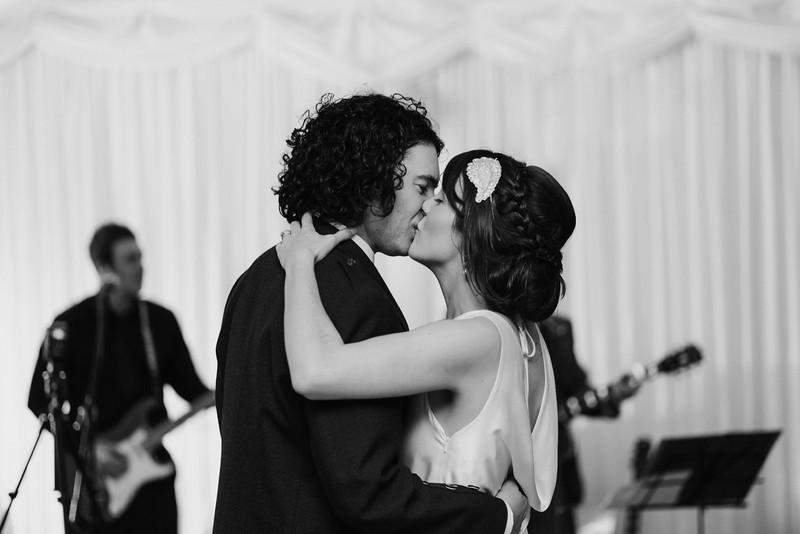 Gemma & Brian's wedding at Portavadie Marina, Scotland
