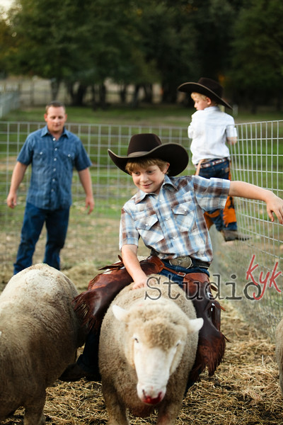 """Q: do you still do """"day in the life?""""   A: yes that is my way to shoot....  if you want your family followed around by me for 4-5 hours one day and have me capture the {real life} let me know~   I can help you come up with a fun day."""
