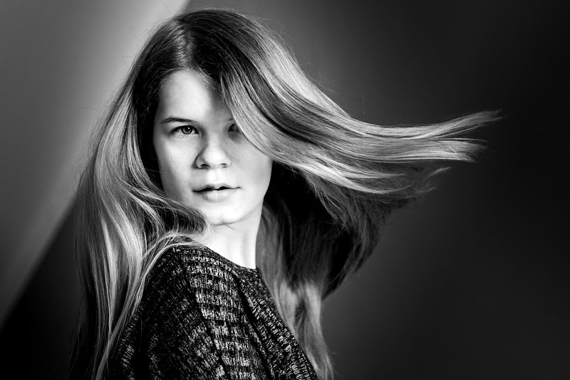Dynamic portrait of a girl