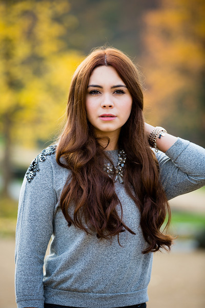 Portrait Schauspielerin im Park on-location - Fotograf Matthias Michel