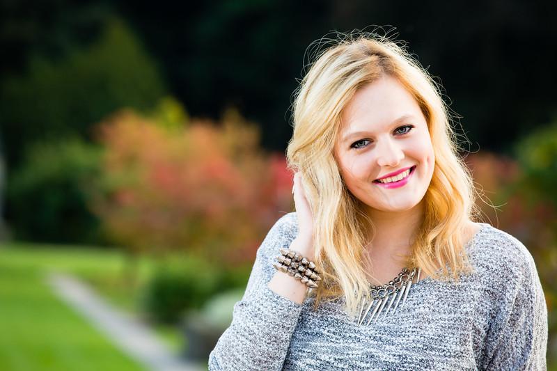 Outdoor Portrait im Park -  Blond - Fotograf Matthias Michel