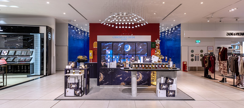 Dior Christmas Branding