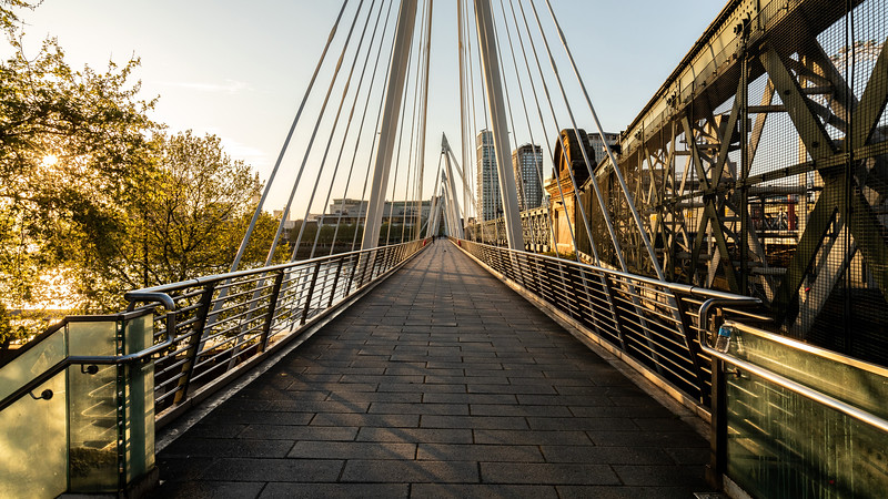 The Hungerford and Golden Jubilee Bridge