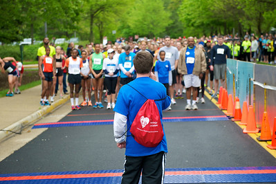 INOVA STARKID 5K CHARITY RACE. FAIRFAX, VIRGINIA. APRIL 2012.