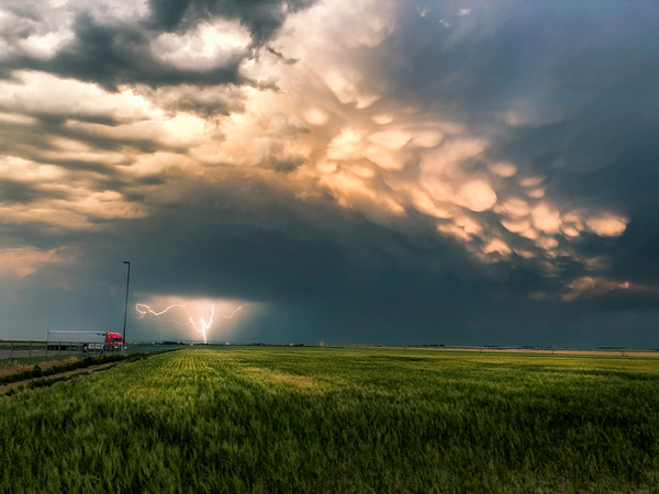 Lightning Strike, Kansas