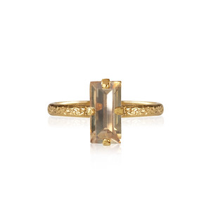 Baguette Ring / Golden Shadow Gold