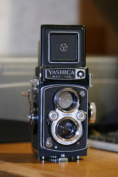 Yashica Mat 124