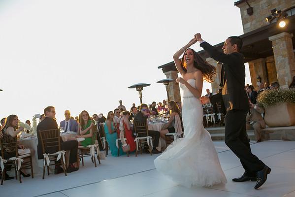 Malibu Rocky Oaks Wedding Photo First Dance