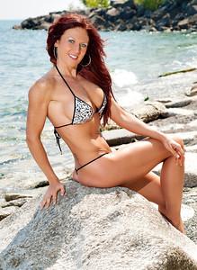 Model: Melissa Yates